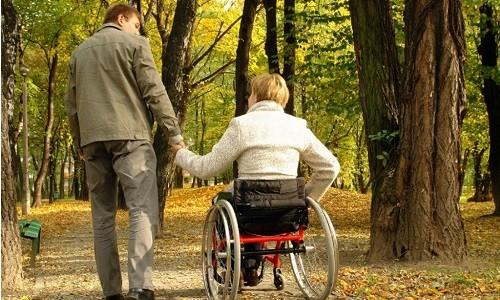 Льготы и выплаты ухаживающих за инвалидом