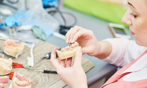 Льготы по протезированию зубов для инвалидов